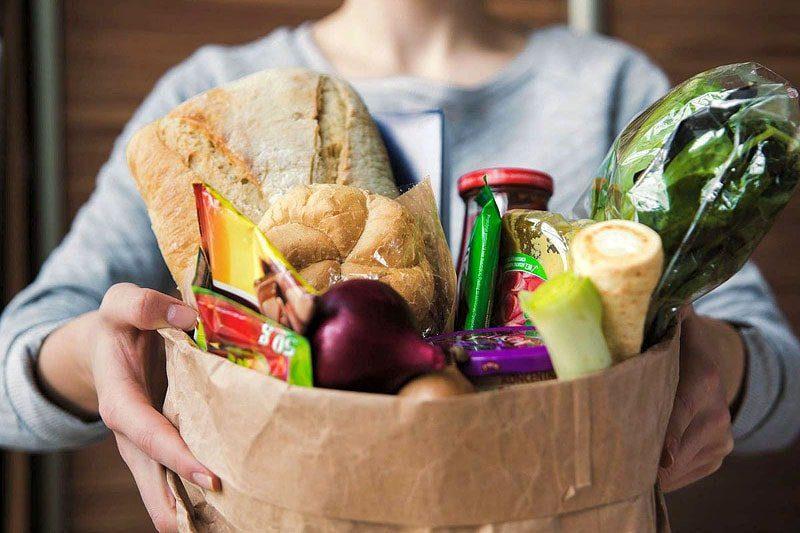 еда в крафт пакете